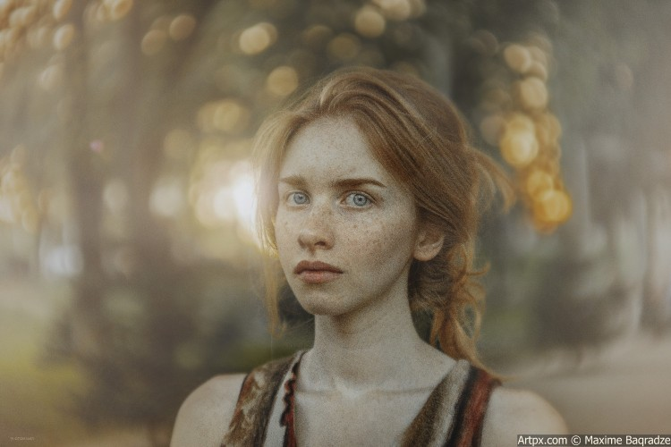 6B7A9707-natia-portreti-natia-nikole-portrait-face-girl-red-sunset-light.jpg